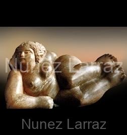 Vrouw, opalsteen (ook in brons), 25x14x14cm